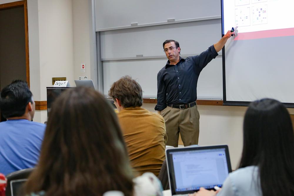 Photo of Sergio teaching the course